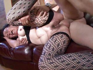 Порно груди и волосатые пизды