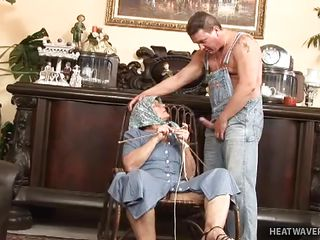 Порно бабушки бдсм