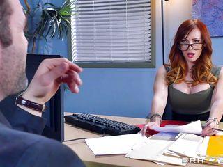 Порно куни в офисе
